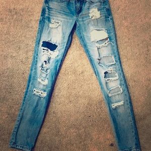 Like new ripped skinny jeans